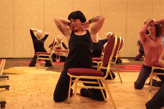 """Teaching """"Anatomy of a chair dance"""". ©Don Spiro"""